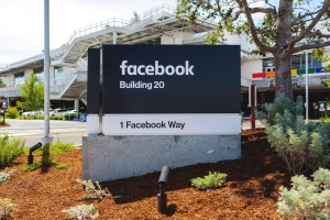 Były wicepremier został szefem spraw globalnych Facebooka