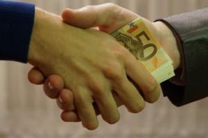 Światowy Barometr Korupcji: Polska wypadła słabiej. Przed nami Botswana i Brunei