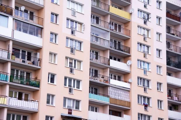 Budynki z wielkiej płyty są bezpieczne, ale trzeba w nie inwestować
