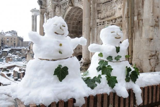 Komunikacja w Rzymie sparaliżowana przez śnieżycę