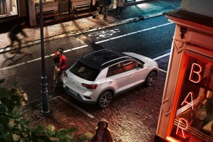 Volkswagen pracuje nad pierwszym kabrioletem SUV