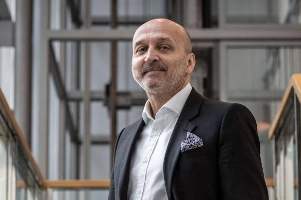 Kazimierz Marcinkiewicz: Nad służbami brak kontroli. Robią, co chcą!