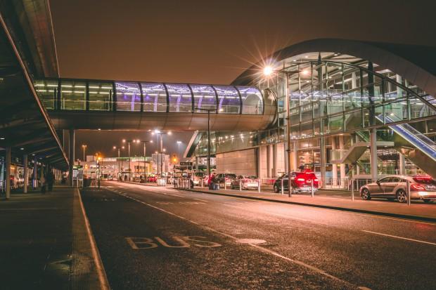 Zamknięto lotnisko w Dublinie z powodu burzy śnieżnej