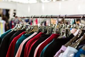 Znana odzieżowa sieć zamyka kolejne sklepy