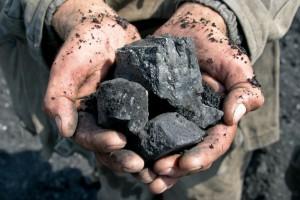 """""""Trzeba było przywieźć do UE 172 mln ton węgla"""". Skutek? Pół miliona miejsc pracy poza Unią"""