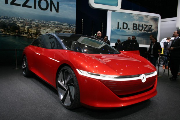 """Volkswagen zmienia logo. Nie chce być """"zbyt niemiecki"""""""