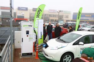 Otwarto największą w Polsce stację ładowania samochodów elektrycznych