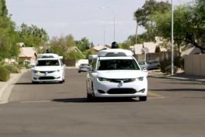 Samochody autonomiczne Waymo przejechały ponad 12 mln km