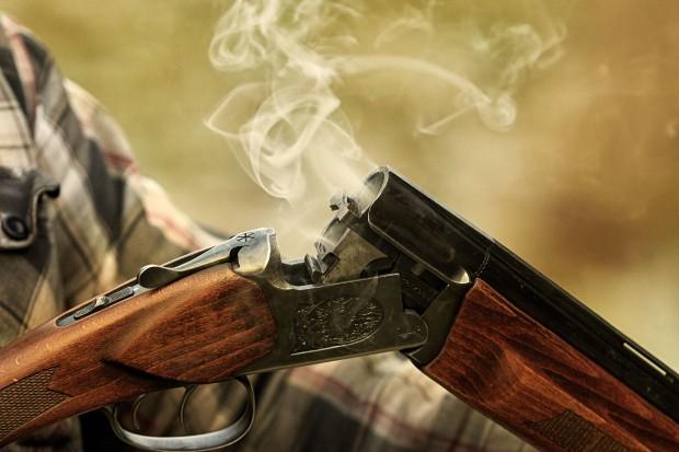 Floryda zaostrza warunki dostępu broni palnej. To łamie konstytucję USA?