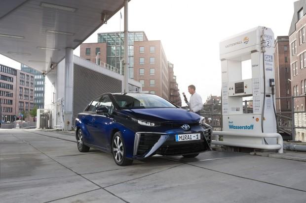 Ogniwa paliwowe - melodia coraz dalszej przyszłości?