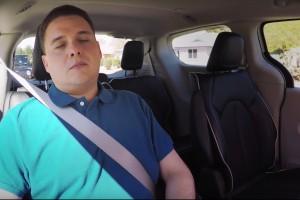 W pełni autonomiczne minivany Waymo już usypiają ludzi - w czasie jazdy!
