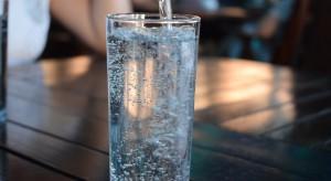 Izraelskie automaty do produkcji wody z powietrza ruszają na podbój Uzbekistanu