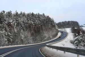 Premier zapowiedział większe środki na wsparcie dróg lokalnych