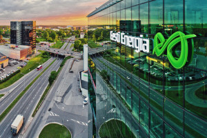 Estończycy kupili w Polsce 20 farm fotowoltaicznych