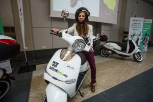 Wrocław: po wypożyczalni e-samochodów czas na e-skutery