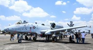 Japonia dozbraja filipińskie lotnictwo
