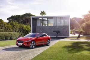 Jaguar nie boi się krytki. Wkrótce na ulicach testy nowej limuzyny