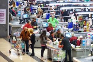 Handlowcy nie chcą pracować w drugi dzień świąt