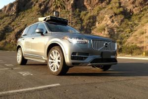 Zwolnienia w dziale samochodów autonomicznych Ubera