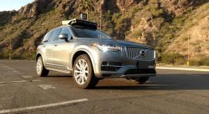 Przy wypadku autonomicznego pojazdu zawinił Uber, kierowca, piesza i stan Arizona