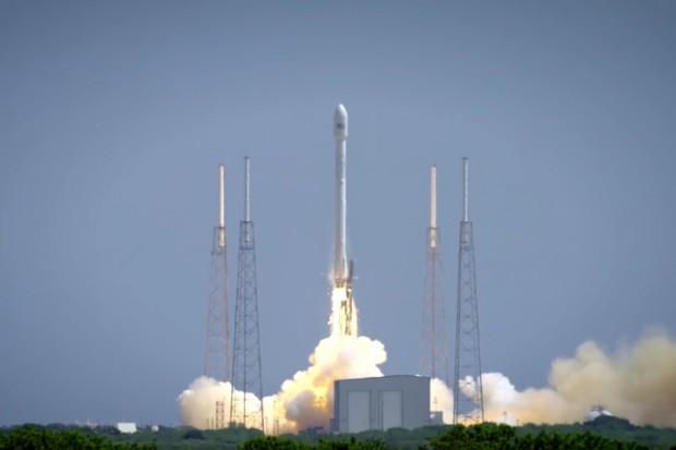 Polska firma zdobywa kosmos. Jej sprzęt wyniesie rakieta Elona Muska
