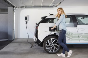 Elektromobilnośc w Polsce? Więcej PR niż realnych działań