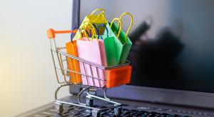 Sklepy internetowe w sprawie plastików idą dalej, niż wymaga Unia