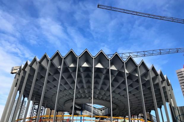 Huta Pokój zakończyła budowę konstrukcji stalowej dla Rotundy PKO BP
