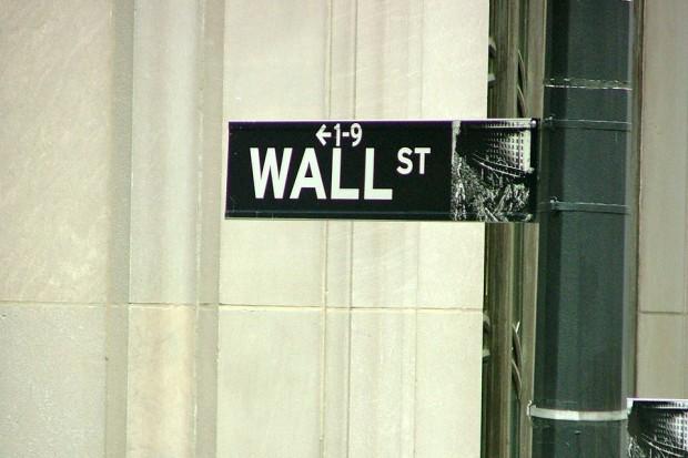 Wall Street kończy dzień na plusach, ale zmienność jest duża