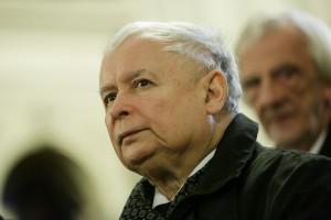PiS chce obciąć poselskie pensje o 20 proc.