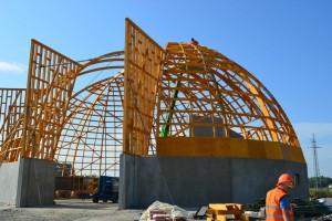 Fabryka Konstrukcji Drewnianych wybiera się na główny parkiet GPW