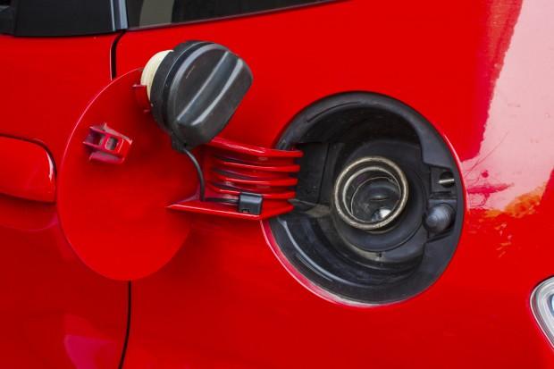 Na rynku ropy nerwowo, ale ceny paliw na stacjach stabilne