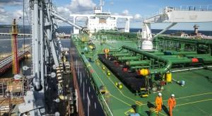 Ropa kwaśna, zasiarczona, a w cenie. Orlen i Europa pośrednią ofiarą amerykańskich sankcji