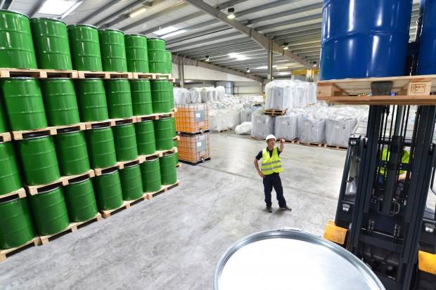 Chiny nałożą cła na import z USA i Japonii ważnych produktów chemicznych