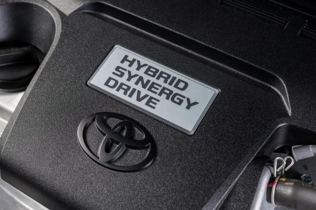 Toyota i Geely prowadzą rozmowy na temat technologii hybrydowych