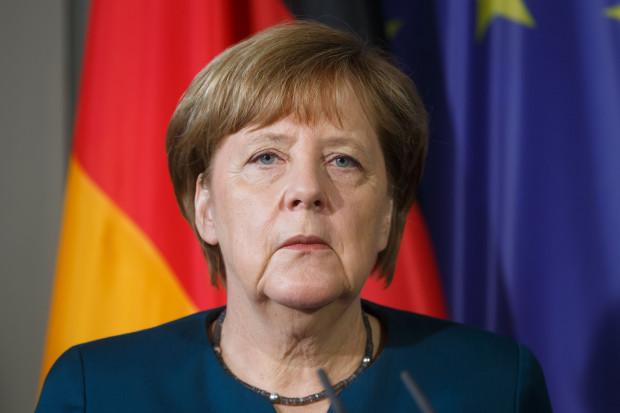 Angela Merkel złożyła deklarację ws. zwiększenia wydatków na obronność