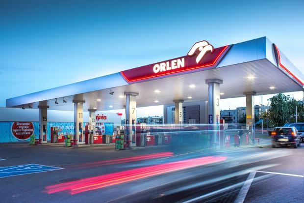 Orlen kupi Lotos, czy Lotos Orlen? Decyzja już w czerwcu