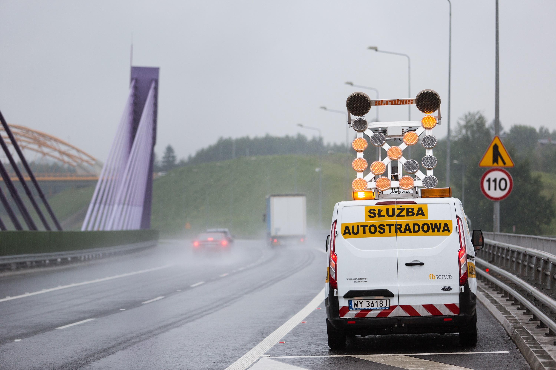 FBSerwis zajmuje się m.in. utrzymaniem dróg i autostrad. Fot. mat. pras.