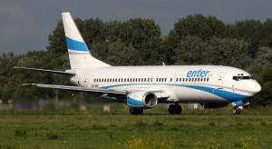 """""""Pieniądze wyrzucone w błoto"""". Prezes linii lotniczej mocno o radomskim lotnisku"""