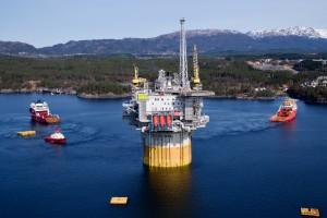 Norwedzy sięgają po gaz spod głębokiego morza. Gigantyczna platforma jest jak spławik