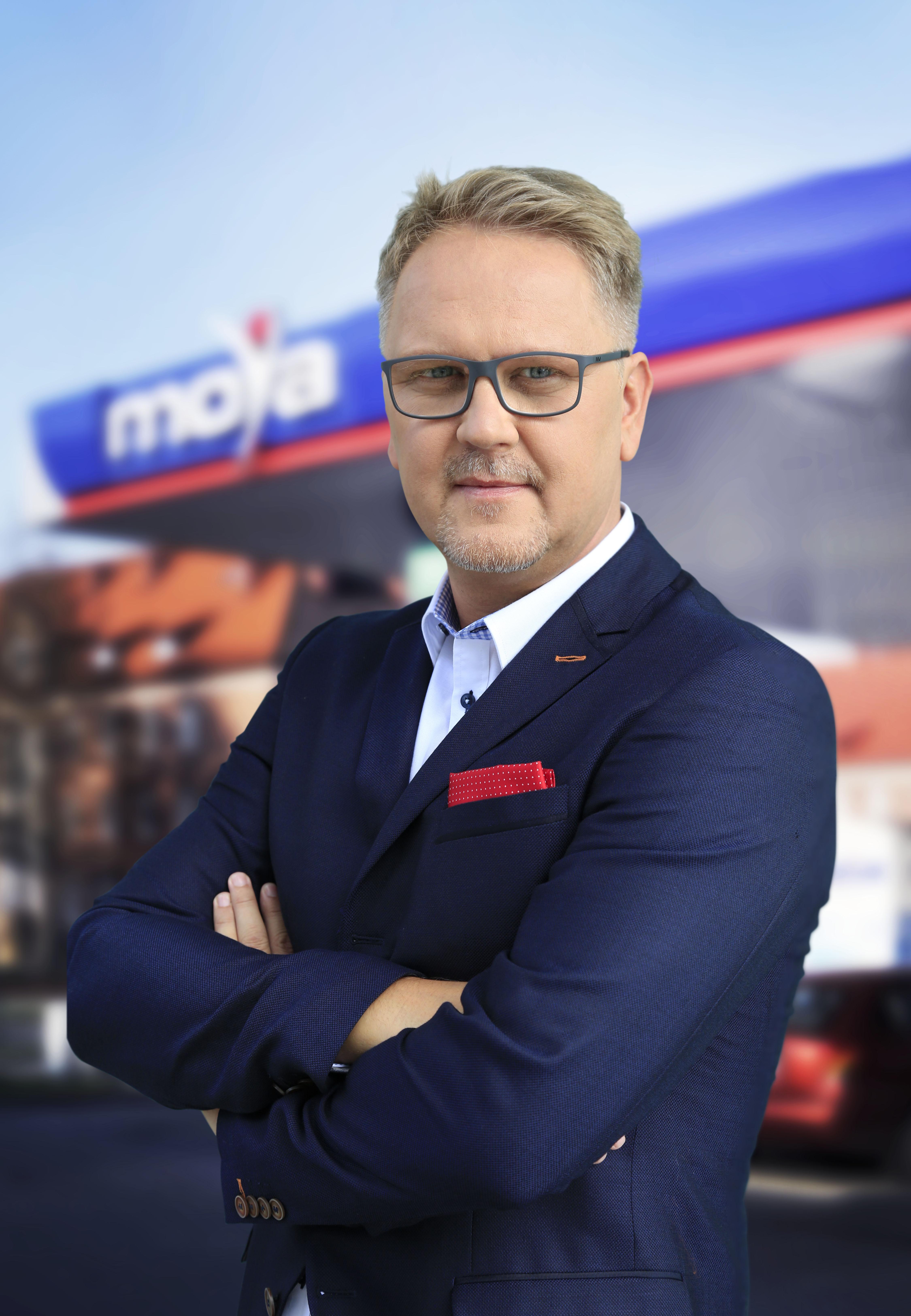Rafał Pietrasina nie obawia się rozwoju elektromobilności (fot. mat. pras.)