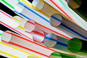 Wielka Brytania planuje zakaz plastikowych słomek i patyczków do uszu