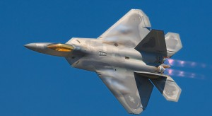 Takiego myśliwca nie ma żadna armia.  Wszystko dla odstraszania chińskich i rosyjskich maszyn