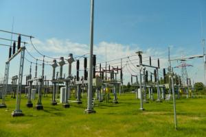 PGE, Tauron, Enea, Energa i Stoen tracą 1,46 mld zł rocznie. Ale sytuacja się poprawia