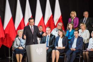 Premier Morawiecki: zbudujemy model państwa solidarnościowego
