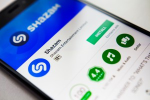 Komisja Europejska obawia się przejęcia Shazam przez Apple