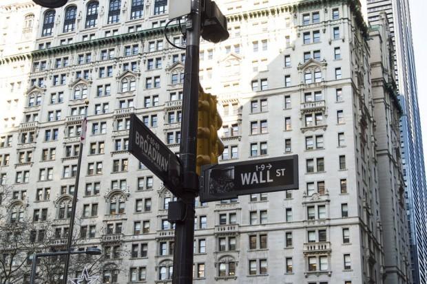 Wall Street na koniec dnia z małymi zmianami. Spółki technologiczne w dół
