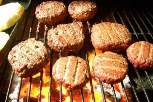 Inspekcja Handlowa zakwestionowała 18,09 proc. partii grillów i podpałek