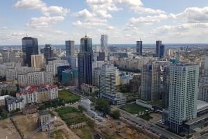 Fundusz chce 355 mln zł za długi Warszawy