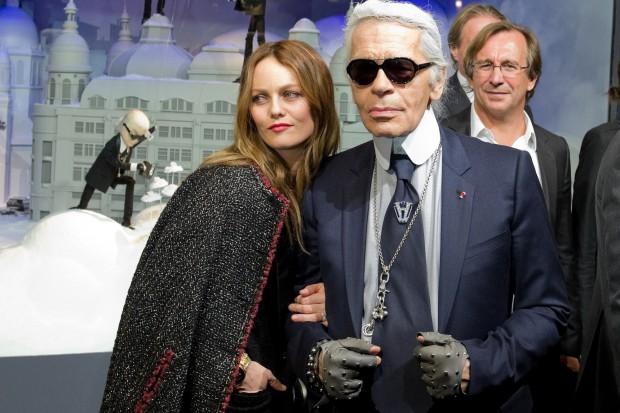 Karl Lagerfeld grozi zrzeczeniem się niemieckiego obywatelstwa